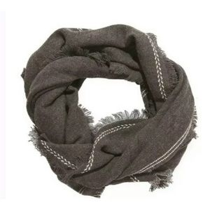 BNWT Olive & Pique Blanket Scarf charcoal